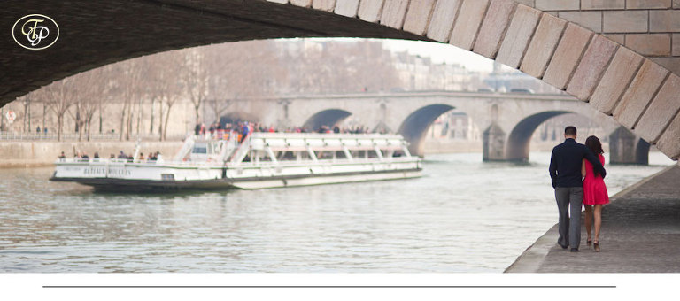 paris couple photographer - seine riversides