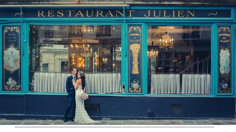 Married couple in front a cafe in Paris - paris-photographer.net