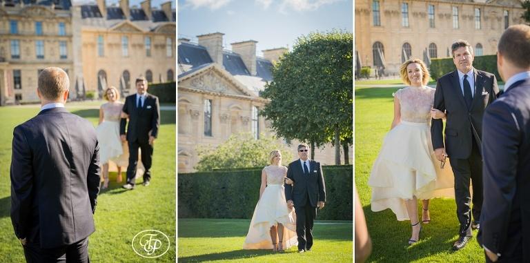 Ceremony during elopement in Paris