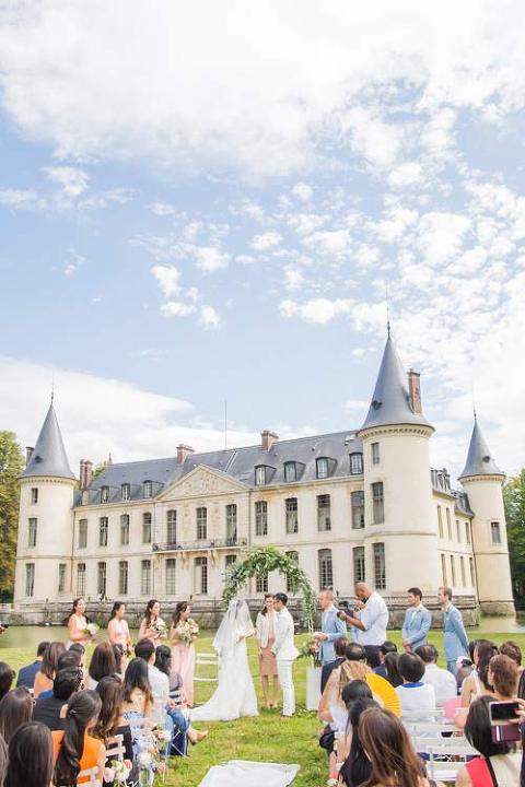 Wedding in chateau near paris