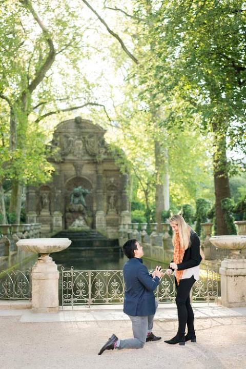 paris proposal fountain