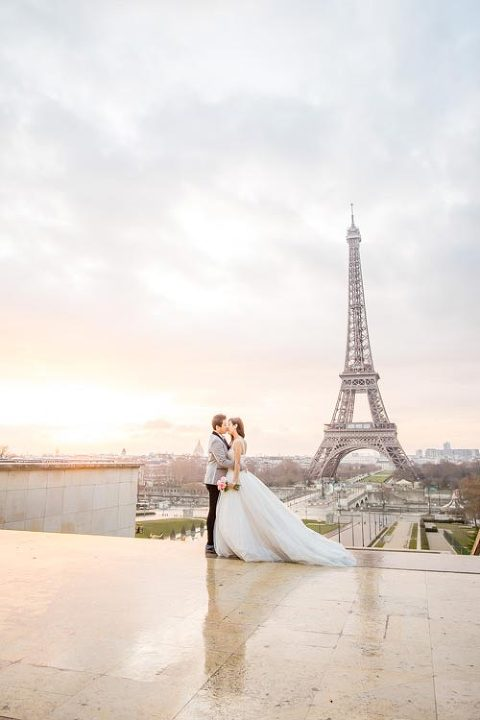 eiffel tower pre wedding