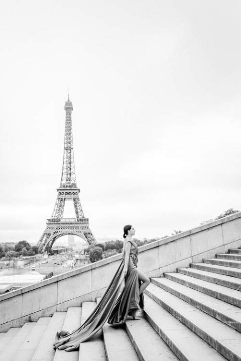 paris eiffel tower fashion