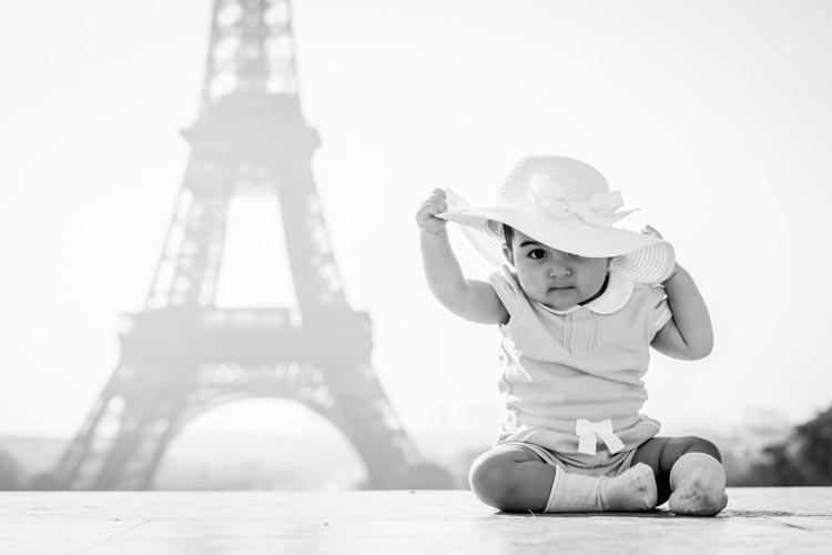 child portrait eiffel tower