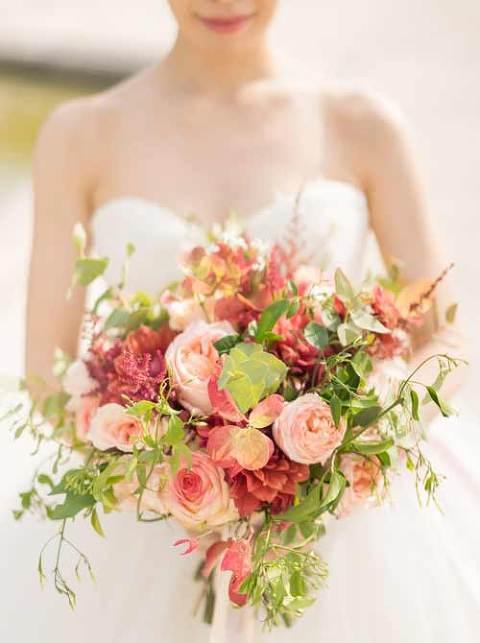 flower bouquet elopement paris