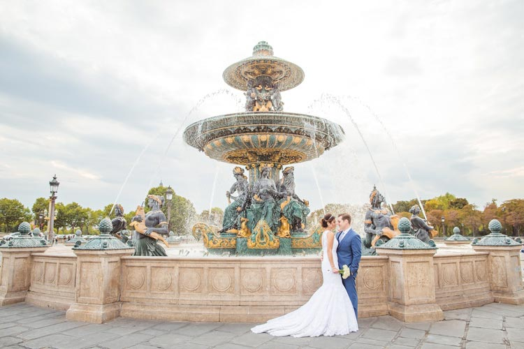 paris elopement fountain