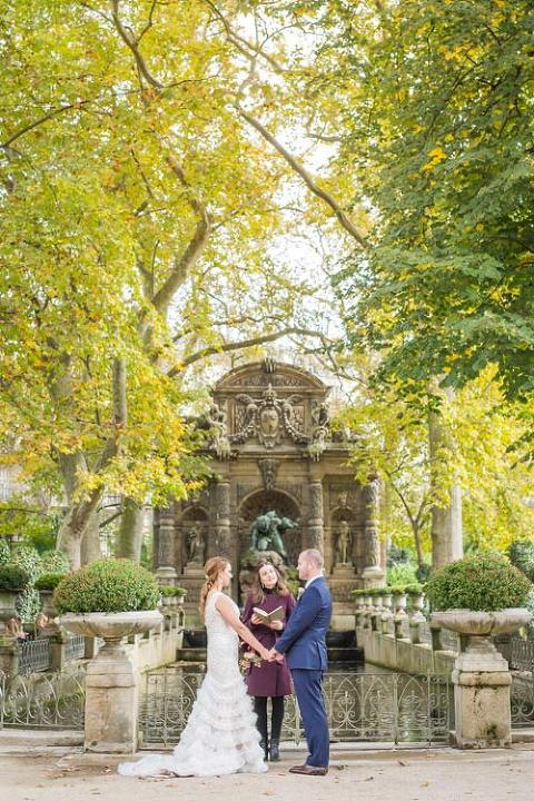 paris elopement medici fountain