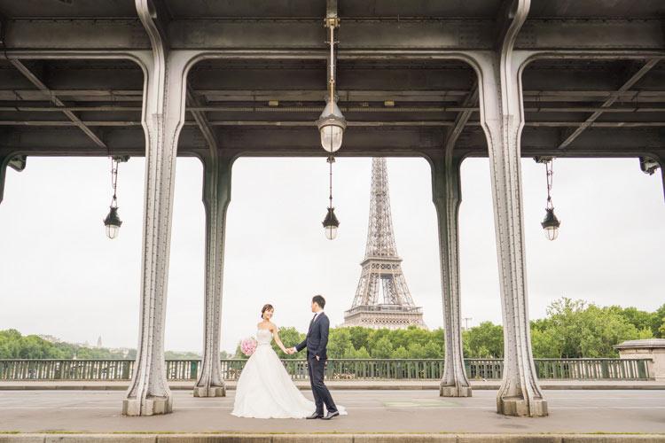 paris prewedding eiffel tower-bridge