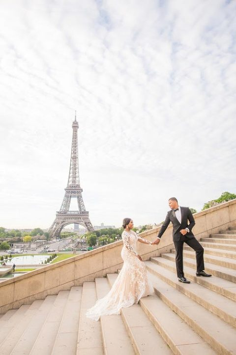 Paris wedding photo Trocadero stairs