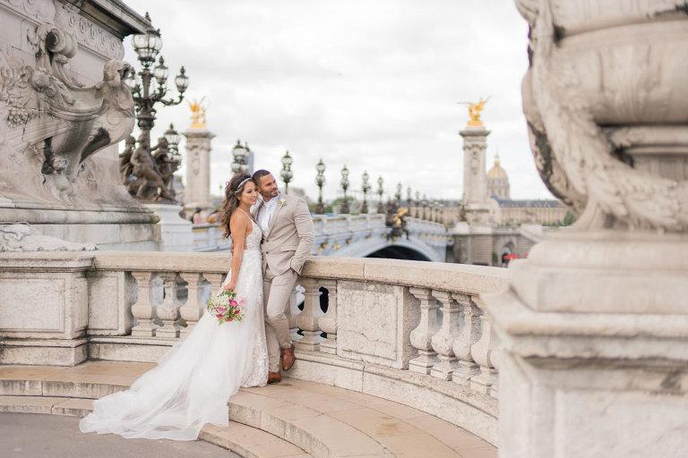bridge wedding paris photos