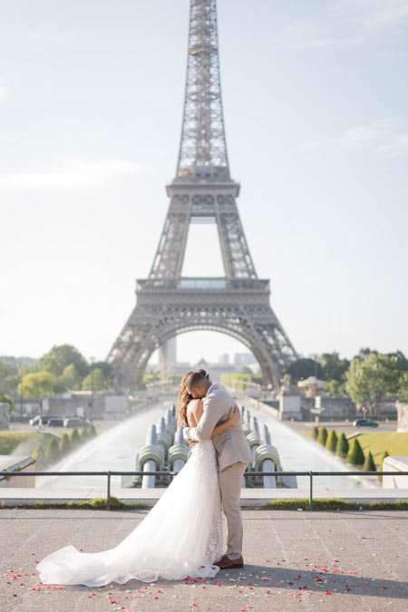 couple wedding paris eiffel tower