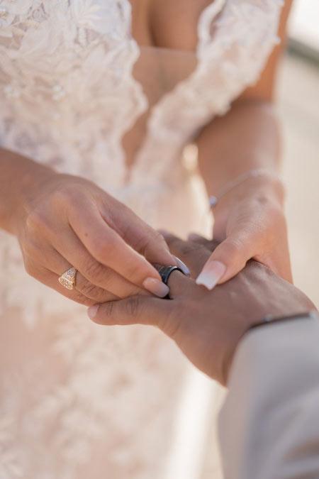 detail ring paris wedding