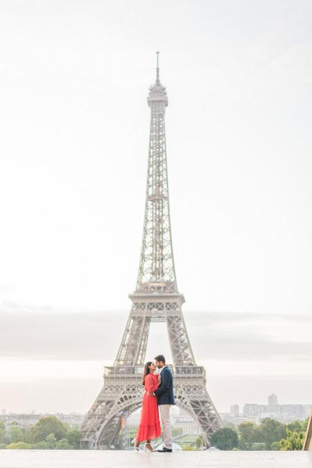 Eiffel Tower Couple Photo session