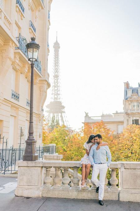 Couple session at Eiffel Tower, Paris