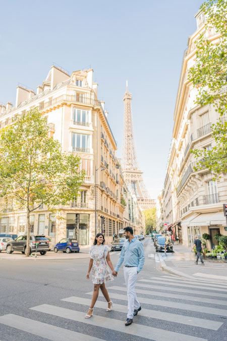 Eiffel Tower couple street photos