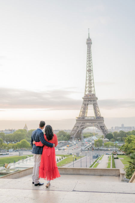 Couple at Trocadero / Eiffel Tower (Paris)