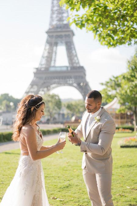 eiffel tower wedding drinking champagne