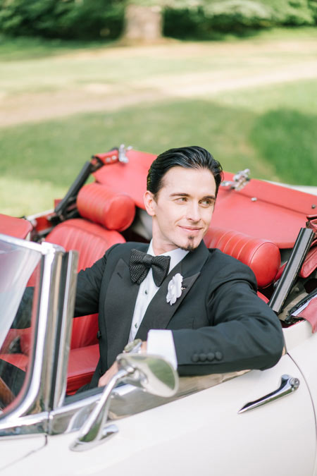 groom vintage car