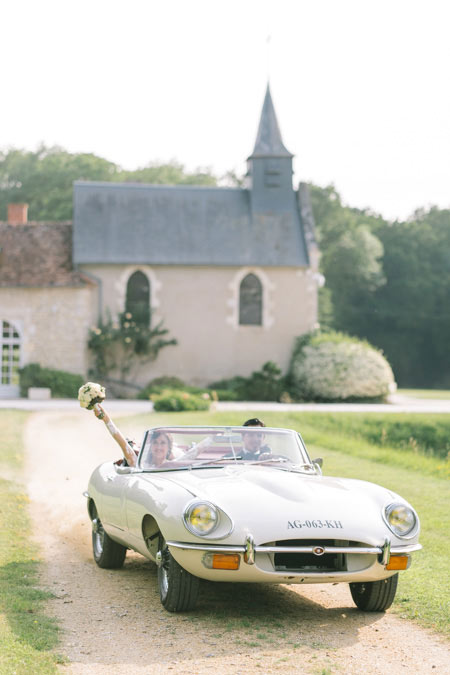 wedding chateau vintage car