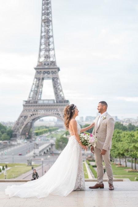 wedding eiffel tower first look