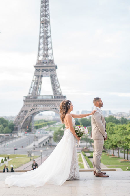 first look for wedding on trocadero, paris