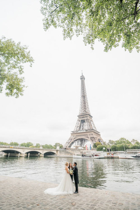 paris elopement eiffel tower riverside