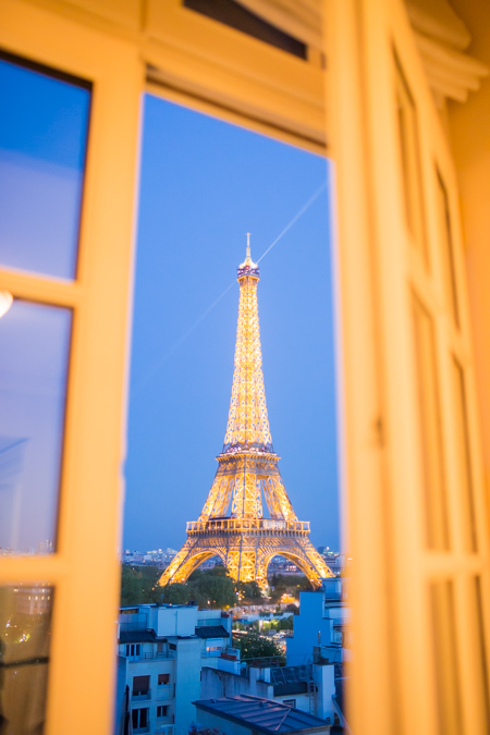paris hotel eiffel tower view