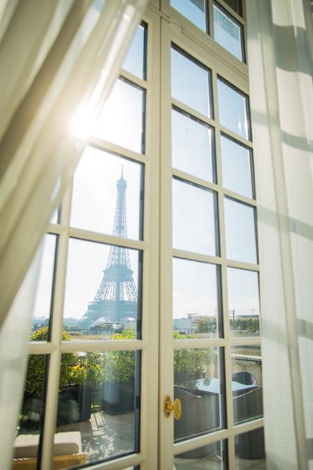 paris hotel eiffel tower